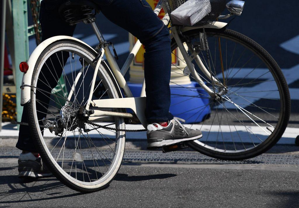 学生の自転車通学のカッパに、登山用レインウェアがおすすめ