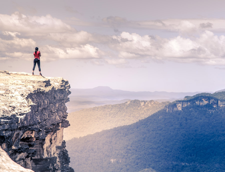 なぜ人は危険な登山をするのか