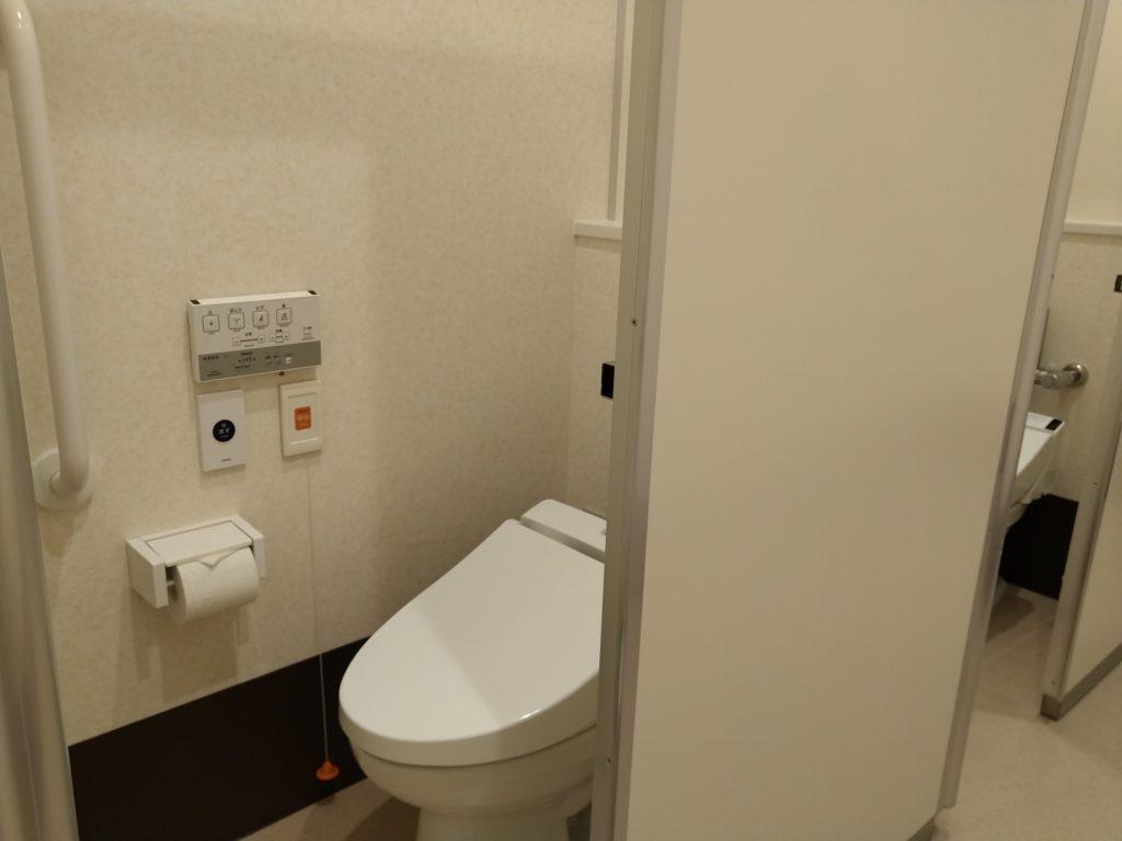 映画エヴァンゲリオンに学ぶ登山でのトイレ対策