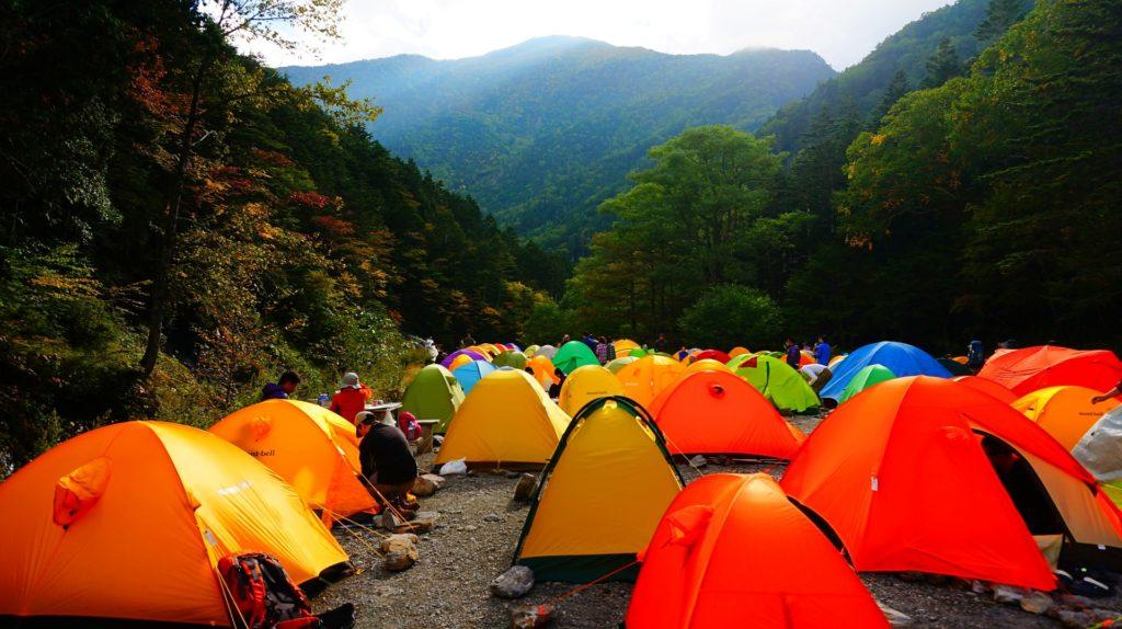 登山用テントの色のおすすめ